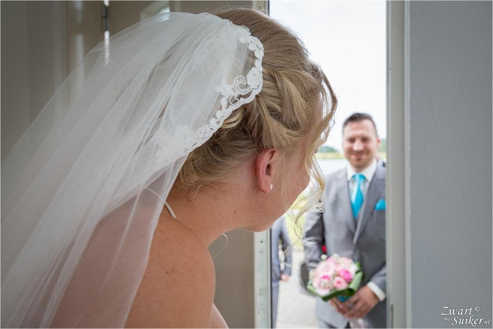 bruidsreportage Julianadorp - eerste moment